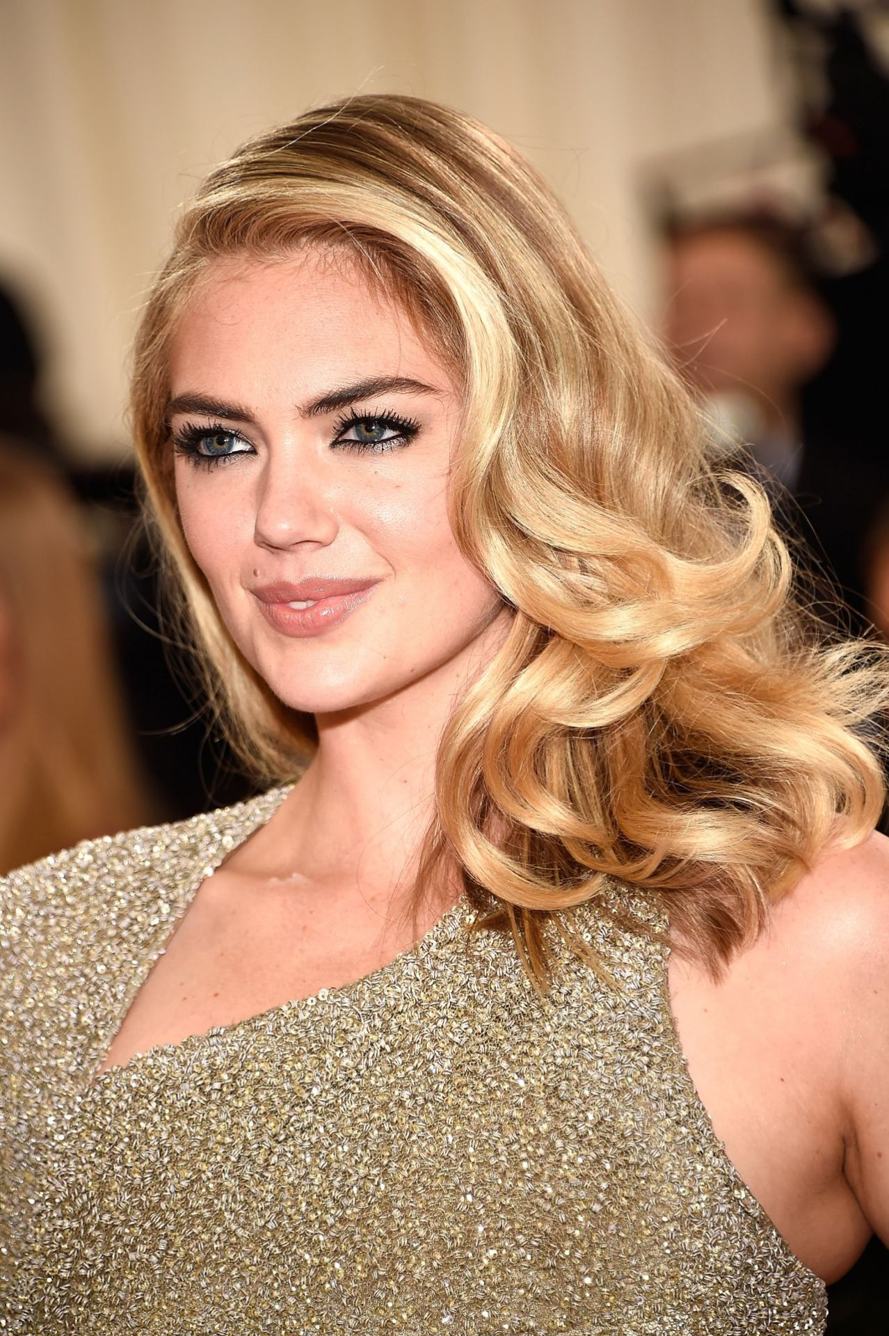 Pin On Kate Upton Official