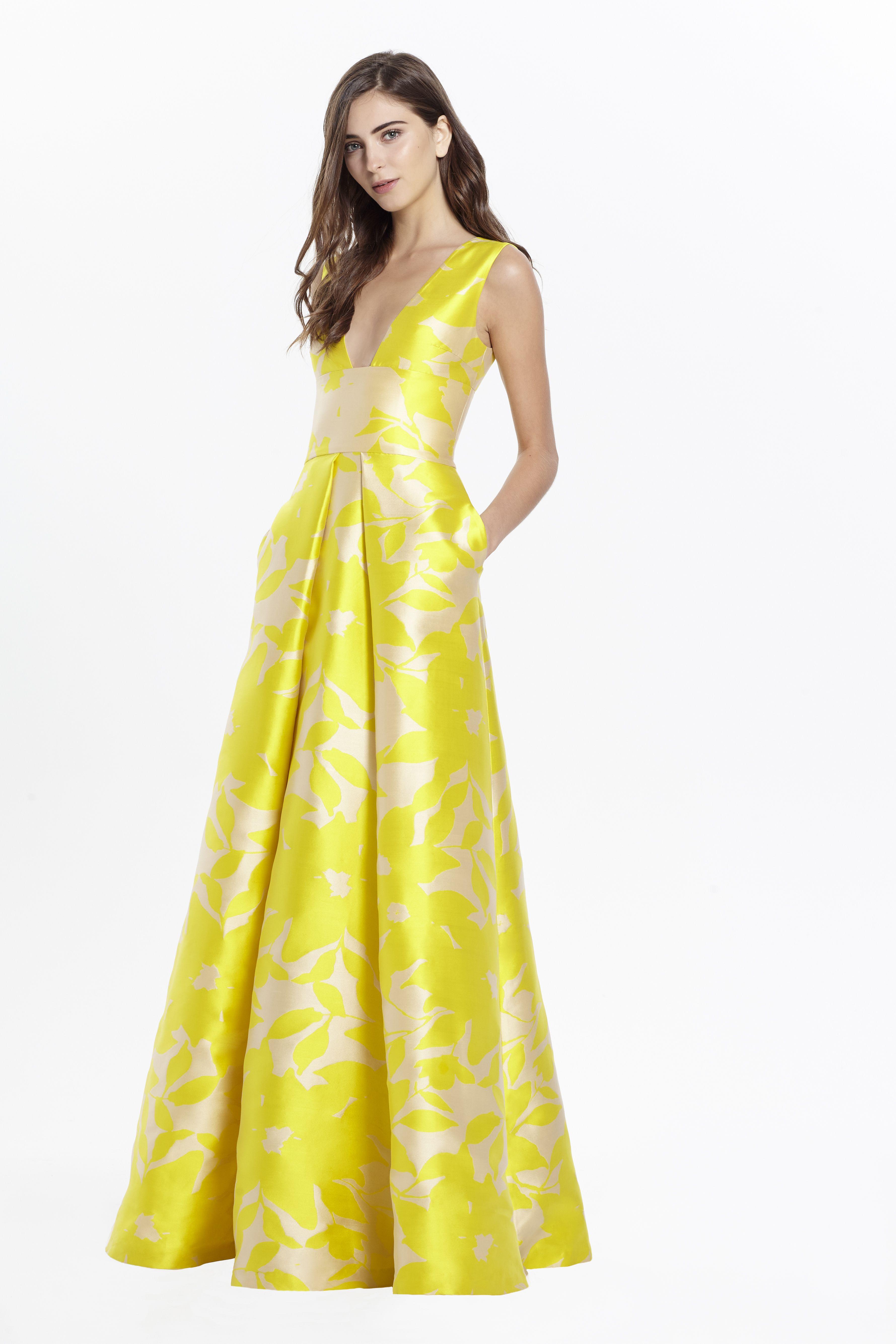 Monique Lhuillier | Gowns | Pinterest | Monique lhuillier, Spring ...
