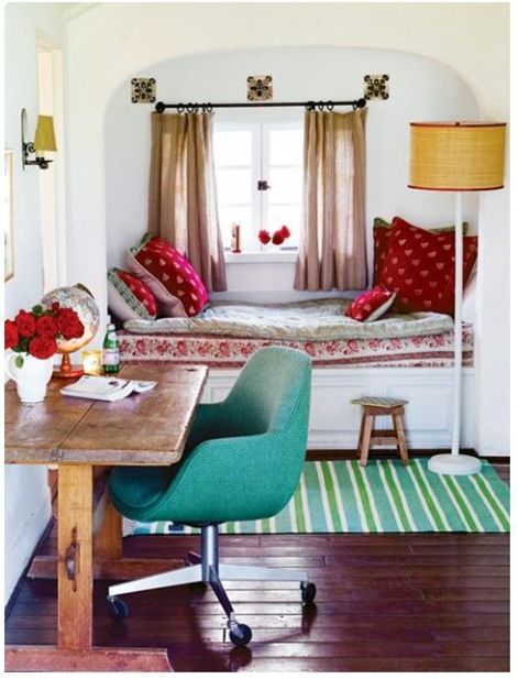 The red and aqua together work really well in this room. We've already got a ton of red, and I'm recently into shades of teal. Could make this work, maybe.