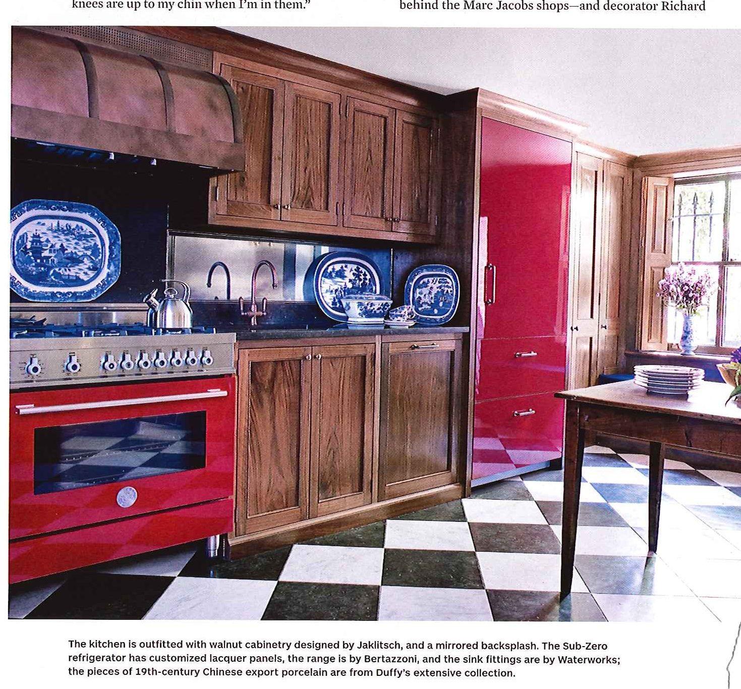 Range Bertazzoni Black Kitchen Countertops Black Countertops Contemporary Kitchen