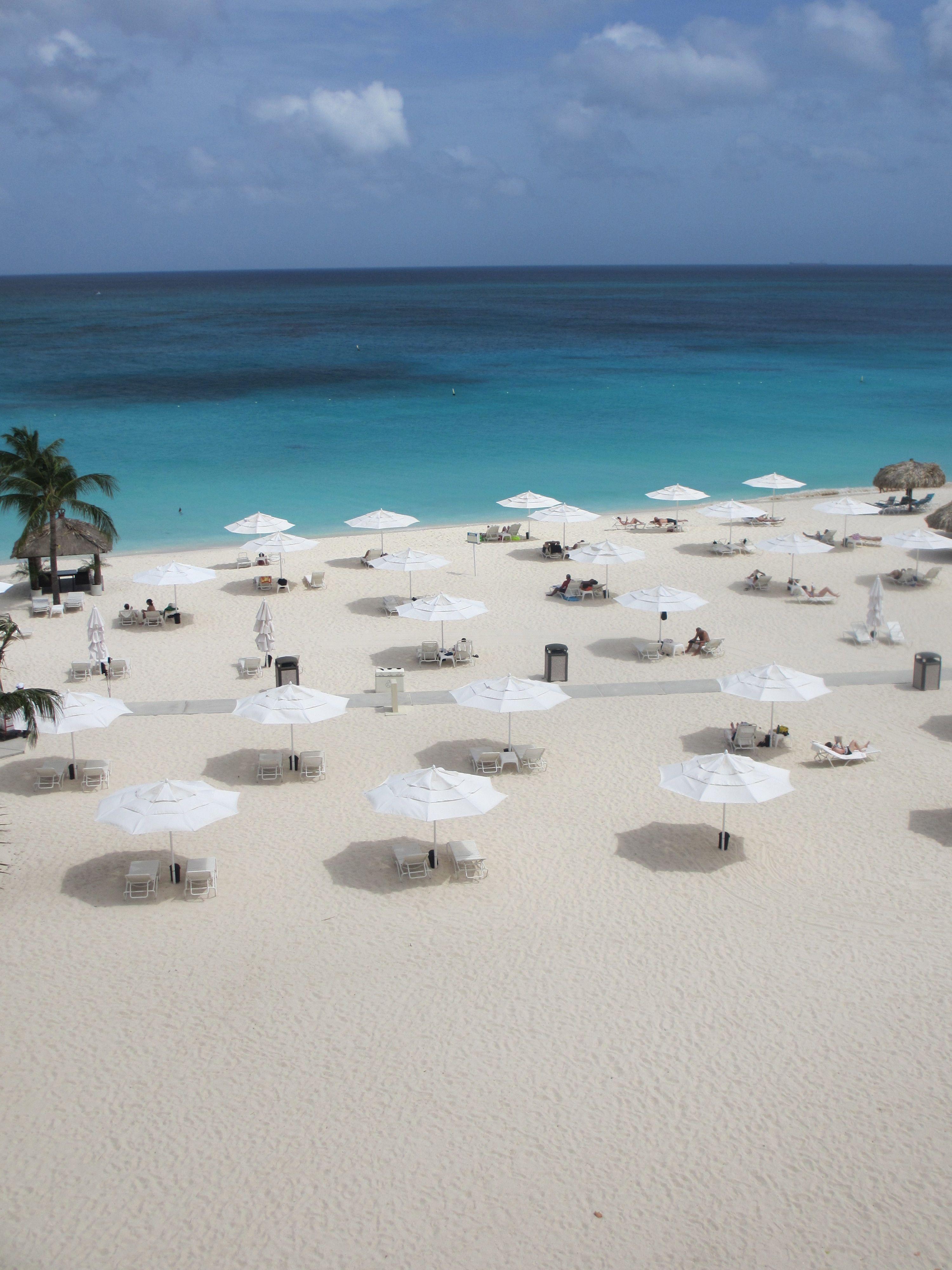 Bucuti u0026 Tara Beach Resort - Aruba uses our 9ft Riva Umbrella with a double vented canopy for better wind circulation. Tese umbrellas have been fighting ... & Bucuti u0026 Tara Beach Resort - Aruba uses our 9ft Riva Umbrella ...