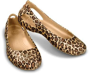 adb05370711056 Crocs™ Kadee Leopard Flat
