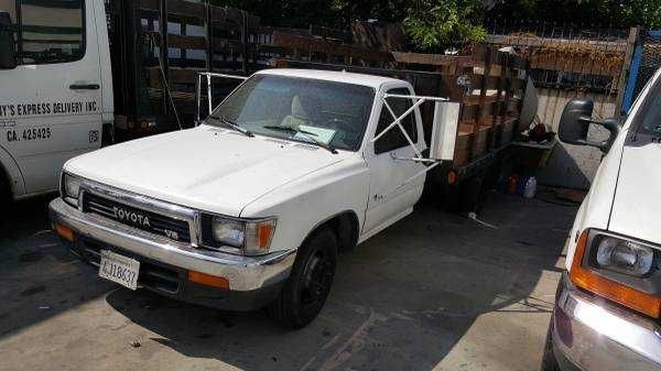 Mitula Cars Toyota Hilux Toyota Flatbeds For Pickups