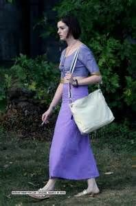 Anne Hathaway Smoking - Bing images