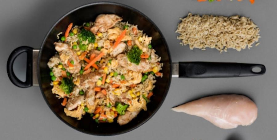 De ultieme sportschoolmaaltijd: rijst met kip- Menshealth.nl