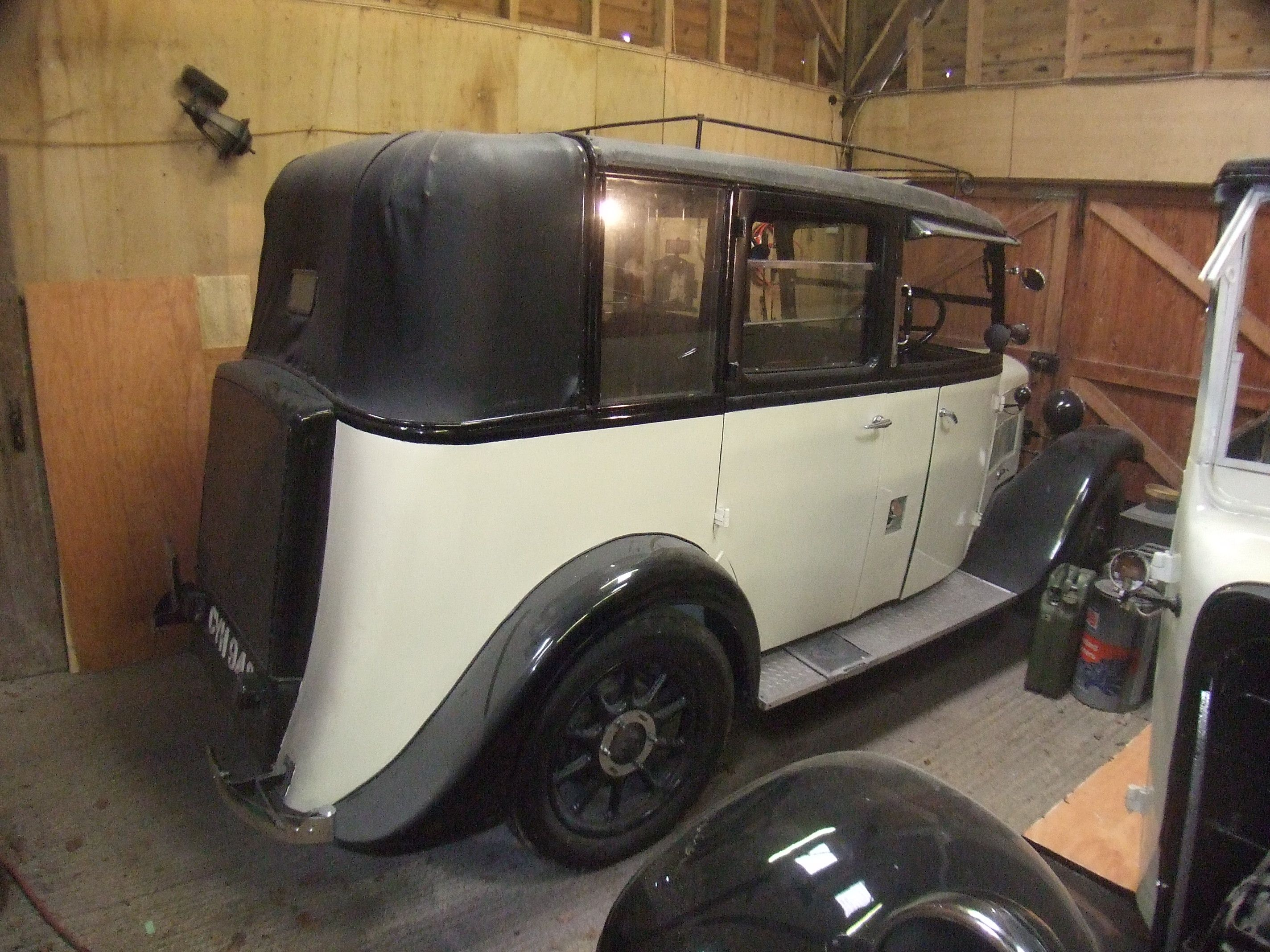 Cabs In Austin >> Two Rare Austin Taxi Cabs Coachwork By J H Ricketts 99