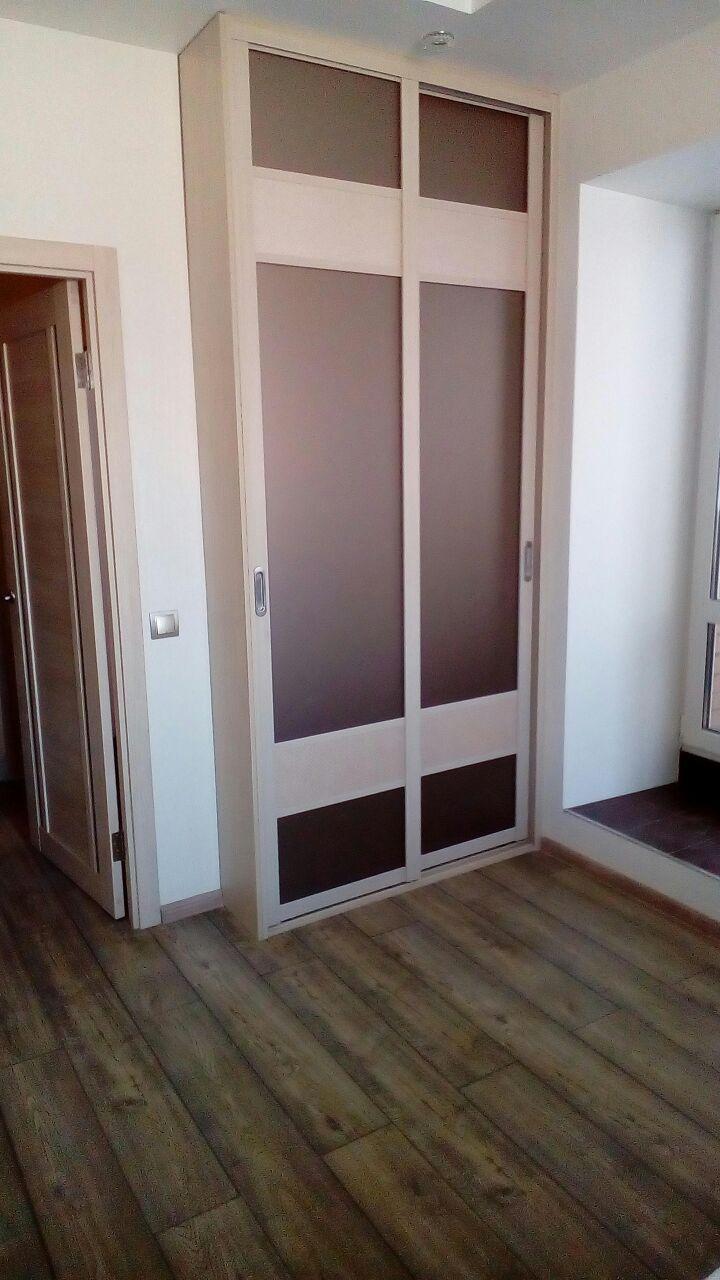 шкаф в прихожей раздвижные двери из профиля Holtz с