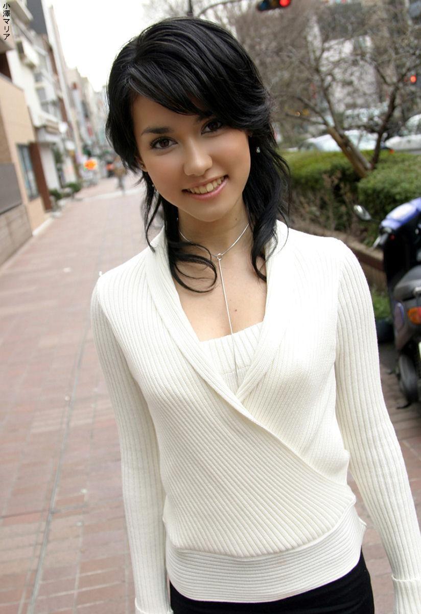 Asian girl screen saver