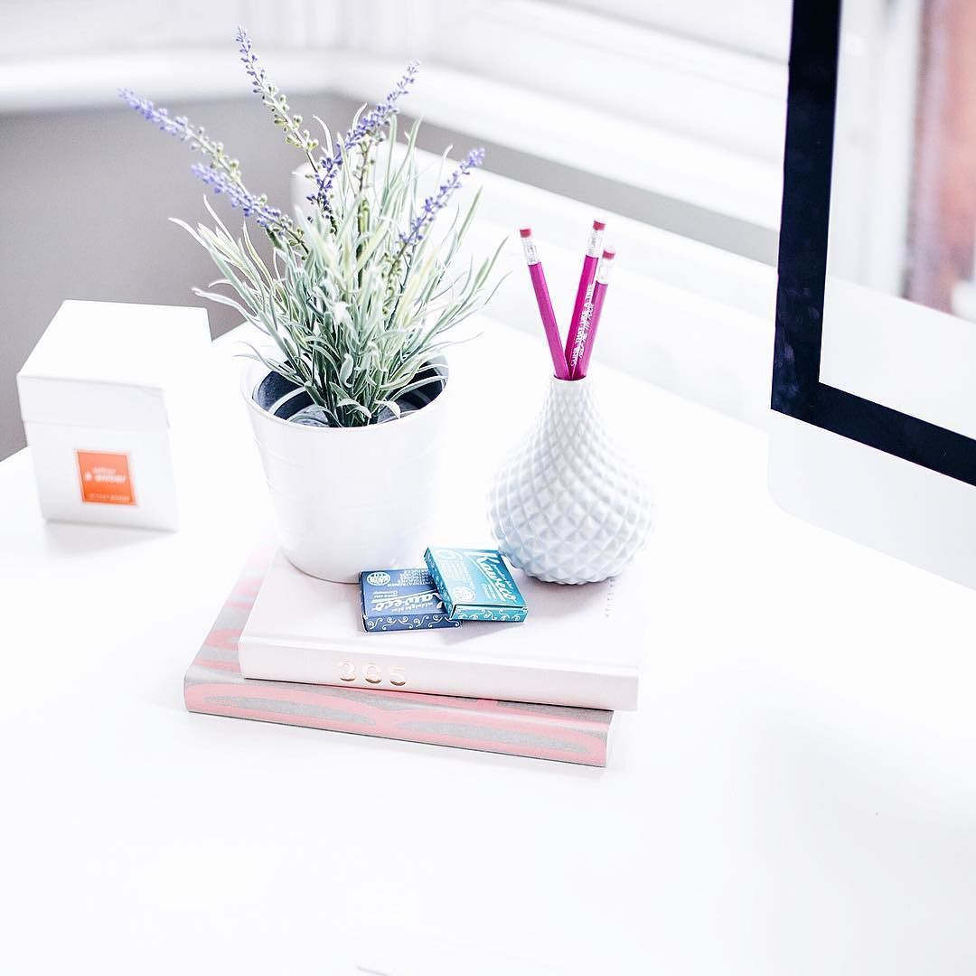Ive shared my biggest blog tips feature yet on Mediamarmalade.com with the 5 most invaluable blogging tips I've learnt in five years of blogging and the tips I wish I could have had when I started my blog all those years ago! #mediamarmalade