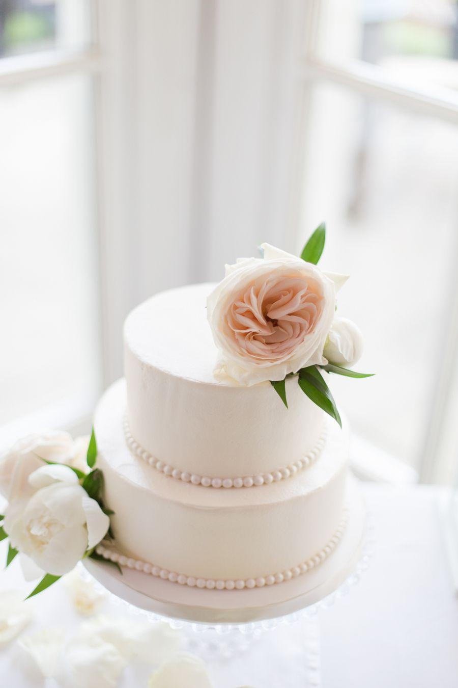 Elegant and Romantic Langdon Hall Wedding | Rose photography, Cake ...