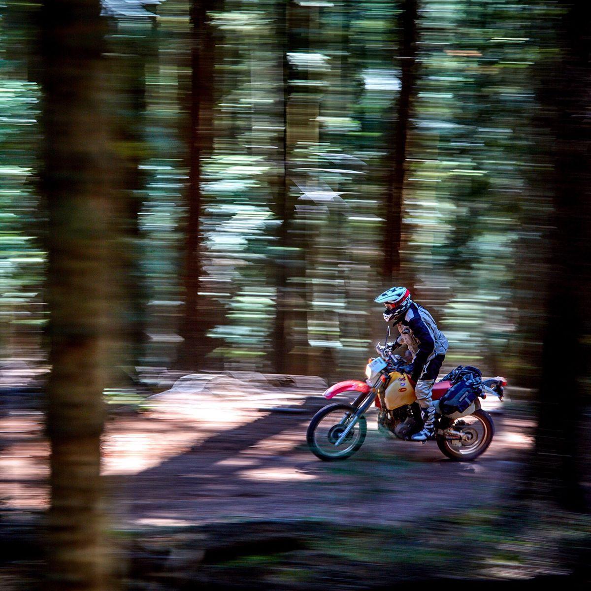 Pin on Dakar Enduros & trails