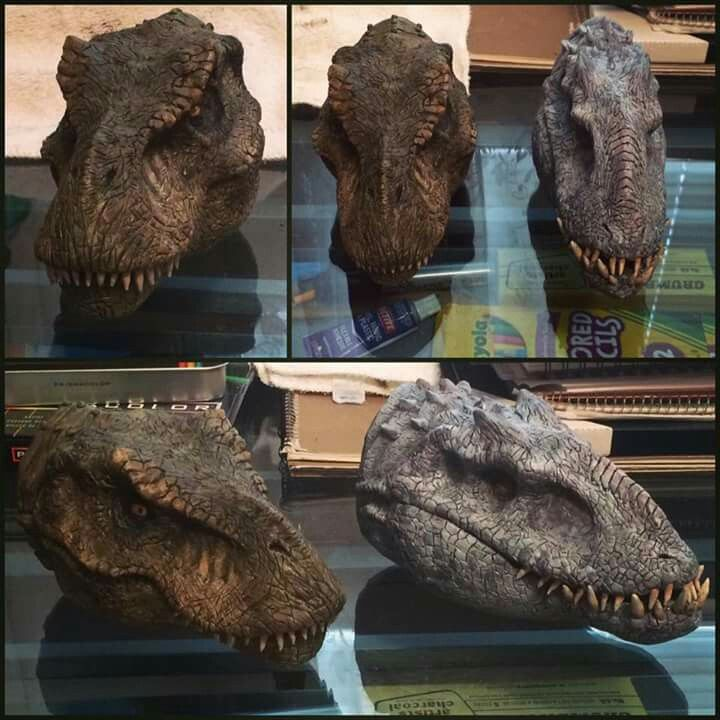 Rexy & Indom Statue Heads