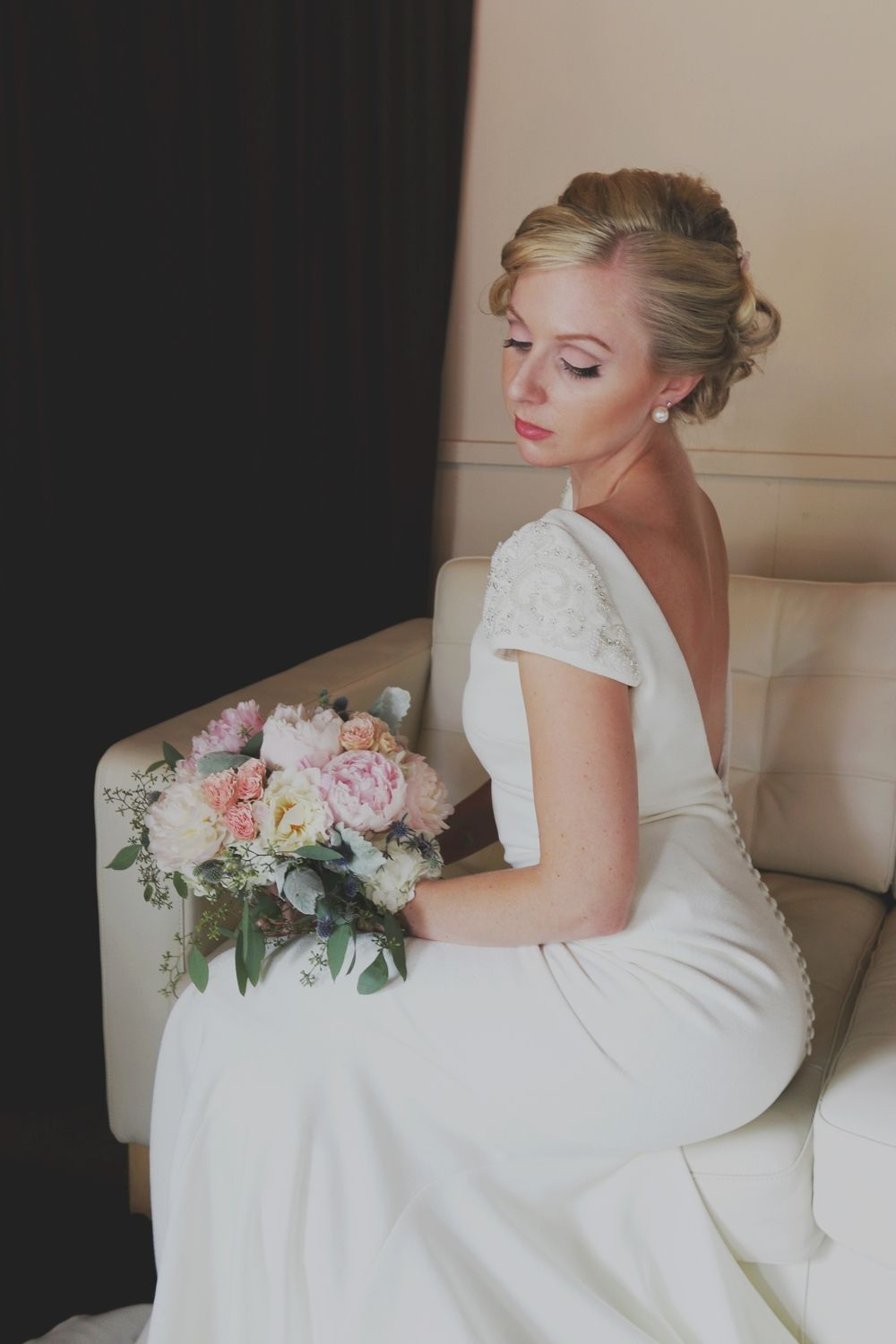 dress - Monroe Marilyn style wedding dress pictures video
