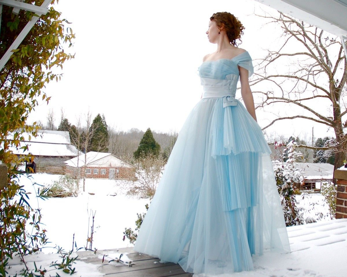 Cinderella Dress. Vintage 1950\'s Blue Tulle \\/ Taffeta Prom Ballgown ...