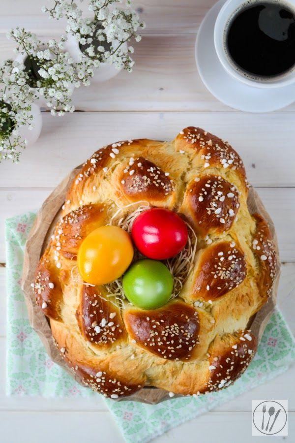 Oster-Hefezopf I Easter plaited bun