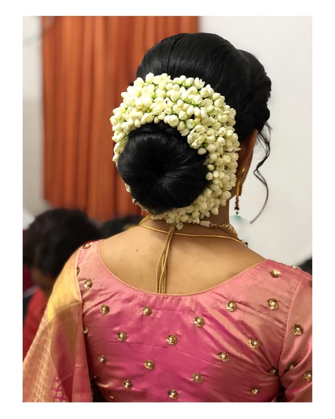 Image May Contain One Or More People Indian Bun Hairstyles Bridal Hair Buns Saree Hairstyles
