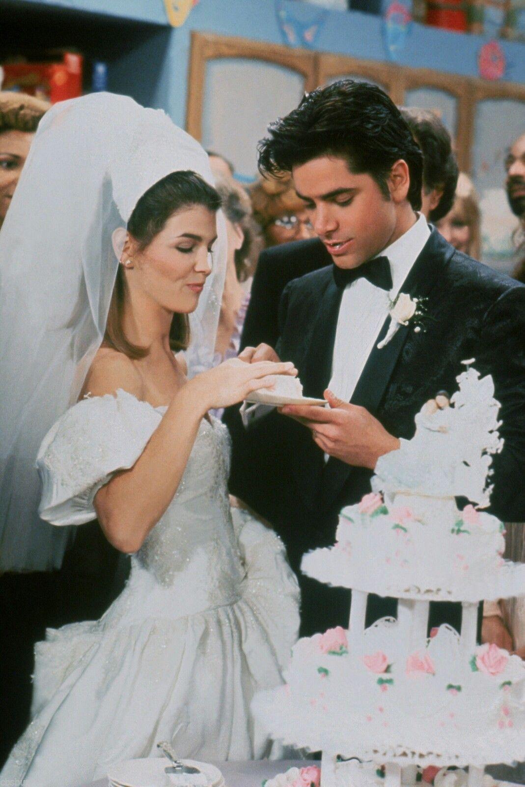 Famous wedding dresses  Becky and Jesseus Wedding  Fuller House  Pinterest  Full house
