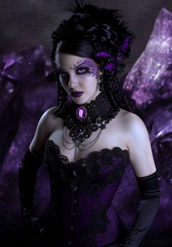 Dramatic halloween witch make up ideas gothic style make up and ...