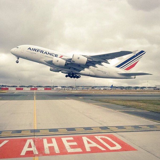 Embedded Air France Aviation Airplane