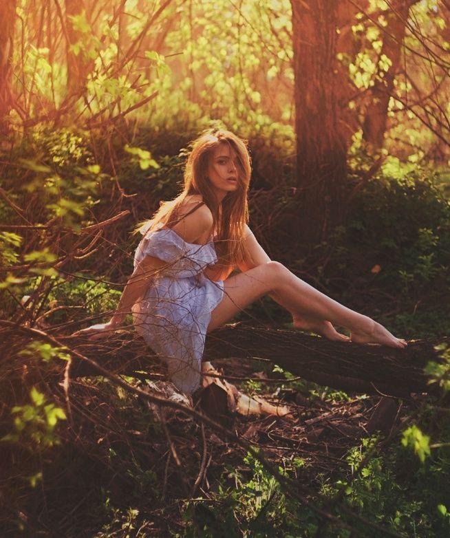 River Photo Shoot Ideas: Fantasy Photography