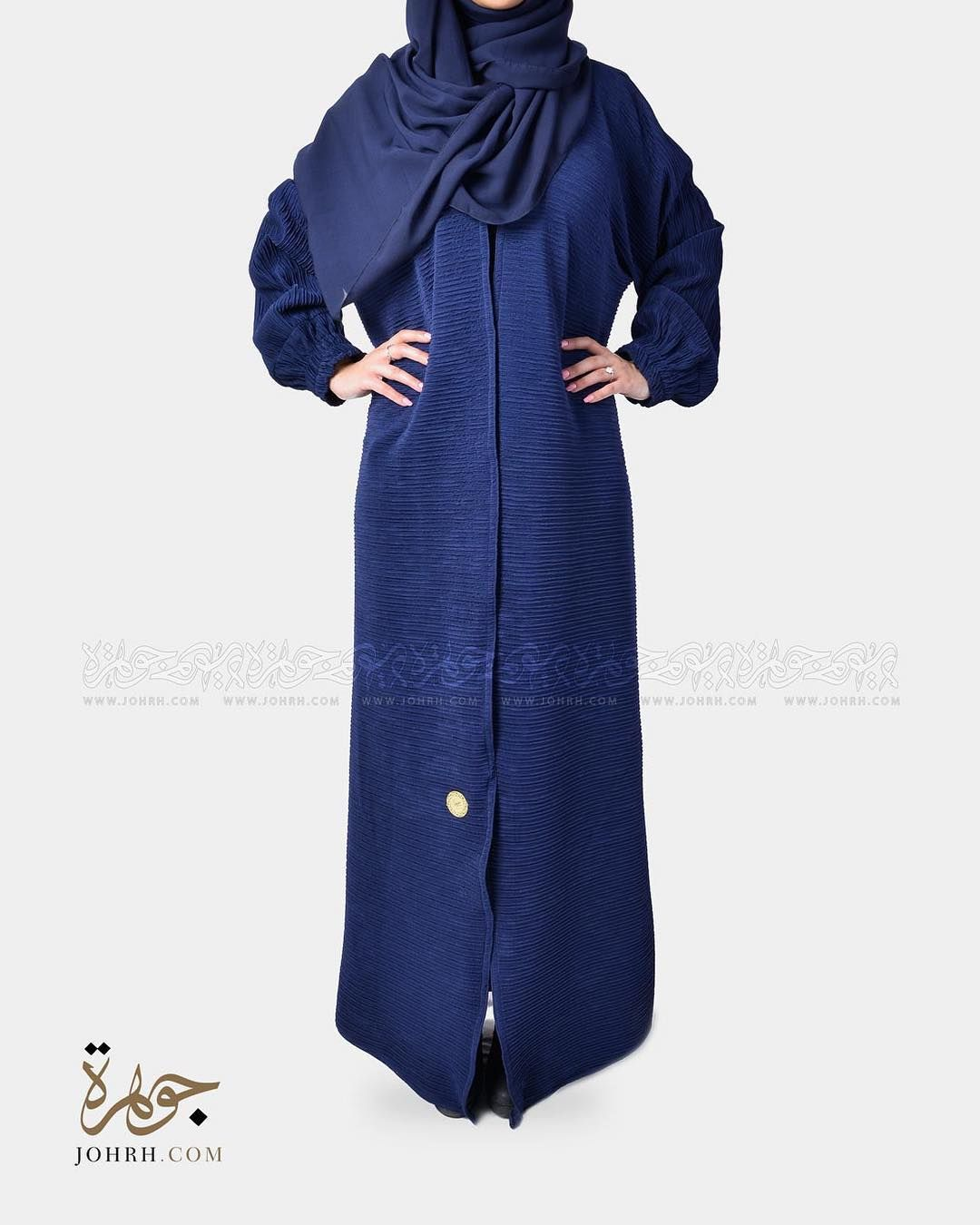 رقم الموديل 1220 السعر 230 ريال عباية بقماش استرتش بتقليمه مميزه بلون كحلي وكم ضيق بطرف مطاط عباية ملونة عبايات جوهرة عباي Fashion High Neck Dress Coat