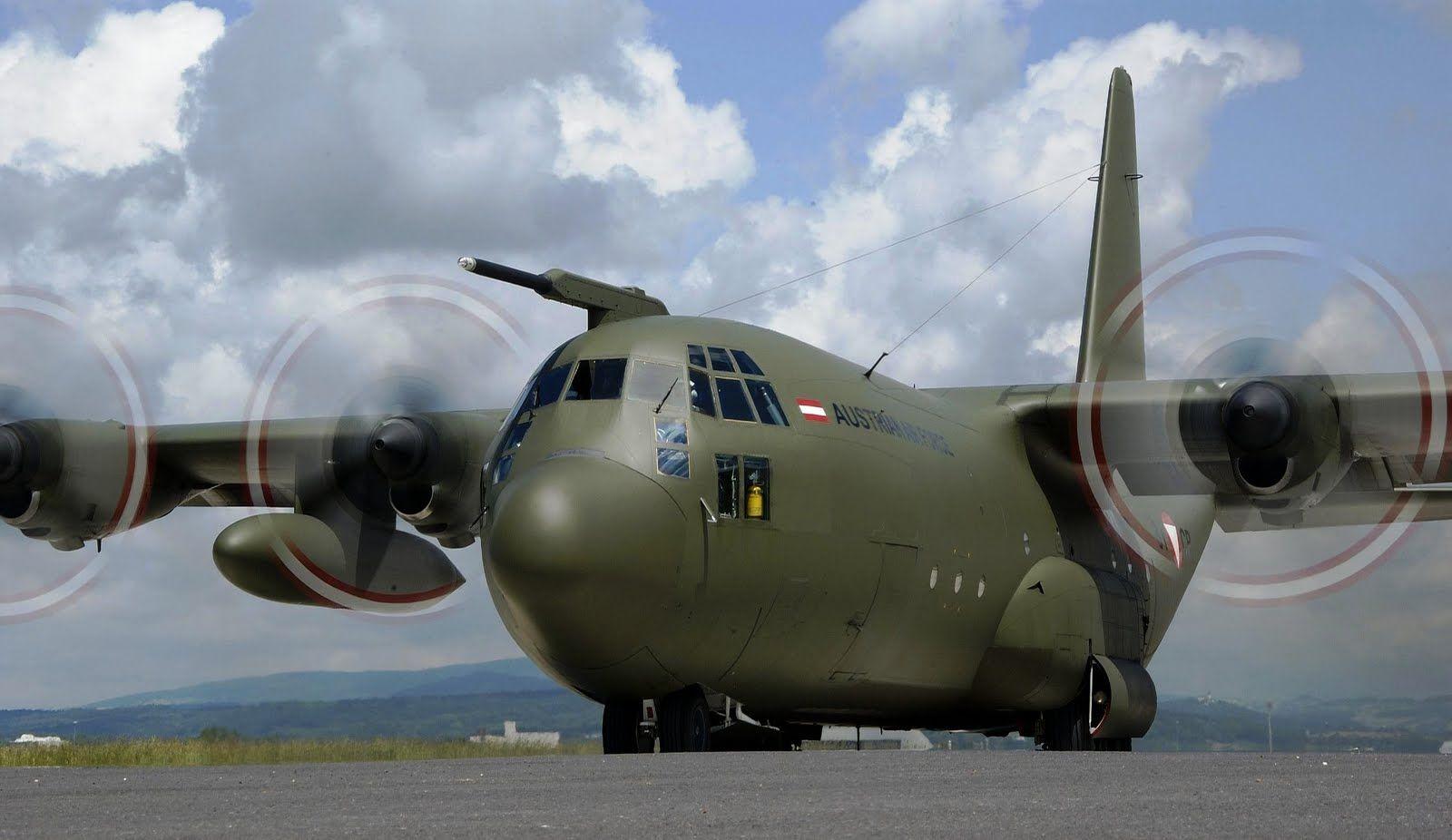 """Оккупанты строят на аэродроме """"Бельбек"""" новую взлетно-посадочную полосу, которая сможет принимать все типы самолетов военной авиации, - МинВОТ - Цензор.НЕТ 5029"""