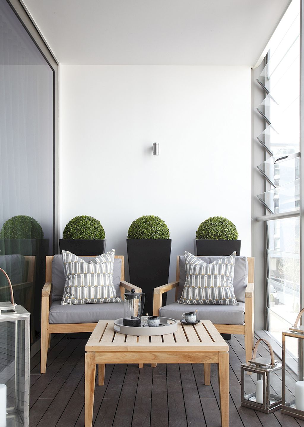 80 Small Apartment Balcony Decorating Ideas on A Budget | Apartment ...
