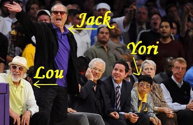 lakers Asian lady courtside