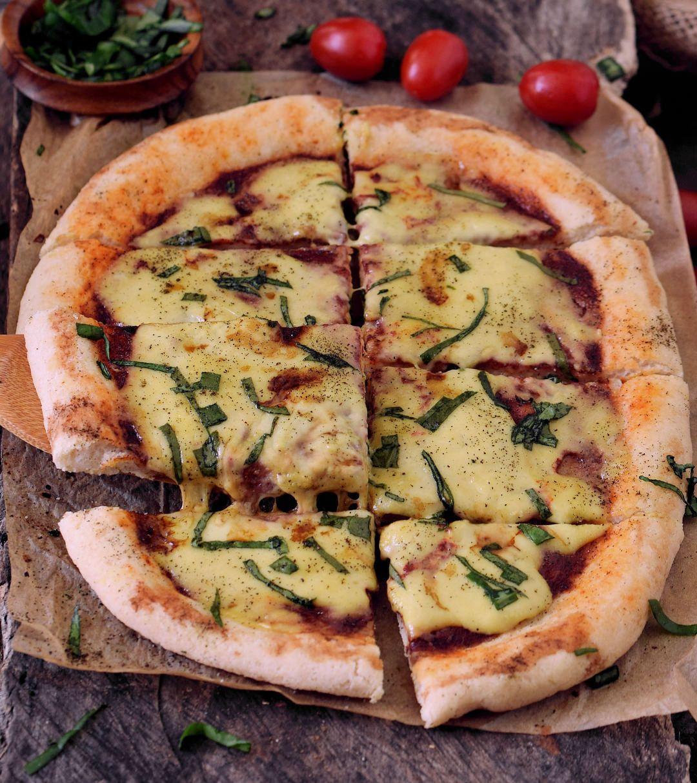 Best glutenfree pizza crust pizza margherita elavegan