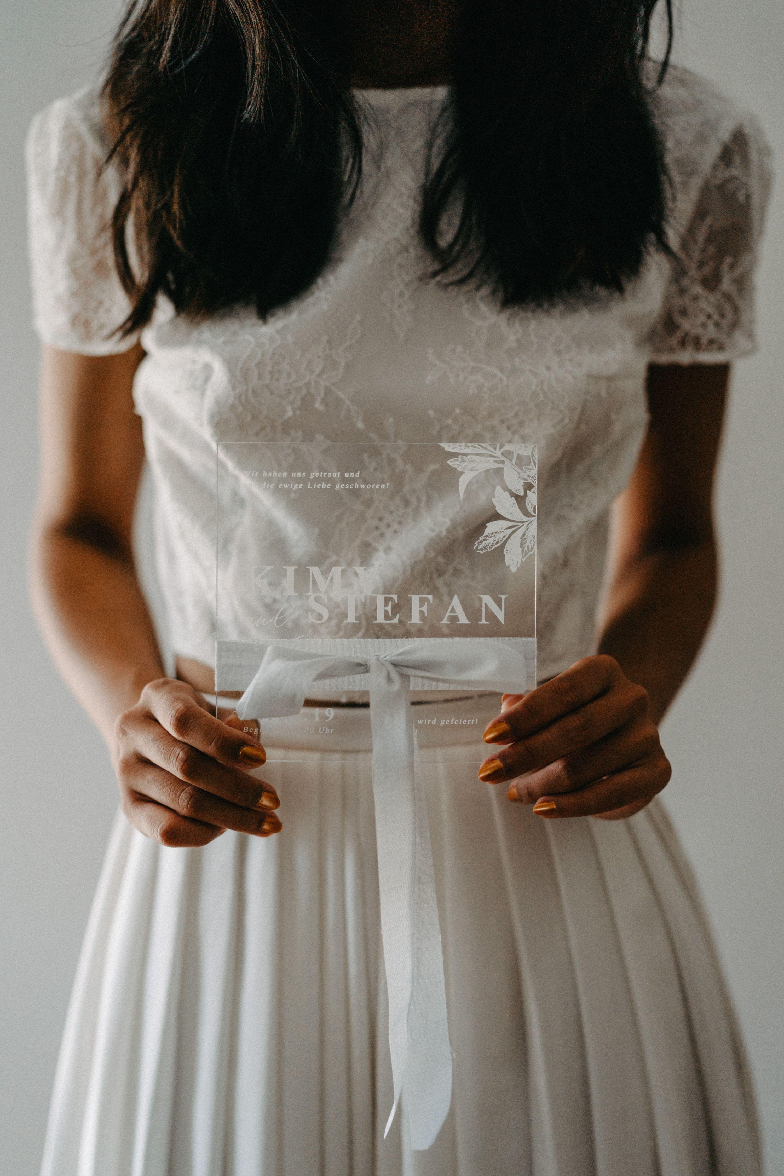 romantisches Brautkleid mit Spitze, 15-teiliges Hochzeitskleid