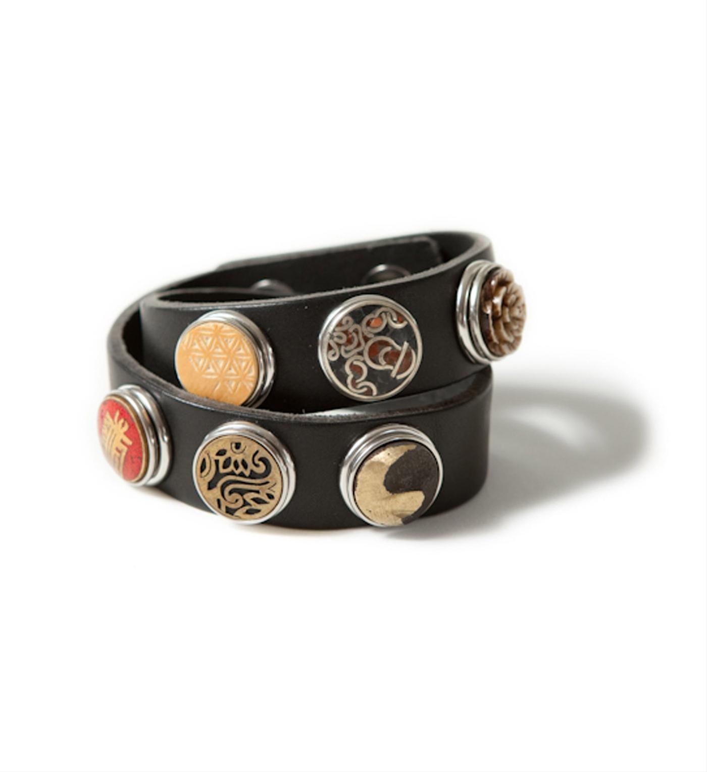 Noosa Amsterdam leren dubbele armband, bracelet double skinny,  in een mooie diep zwarte kleur - Black Black - NummerZestien.eu
