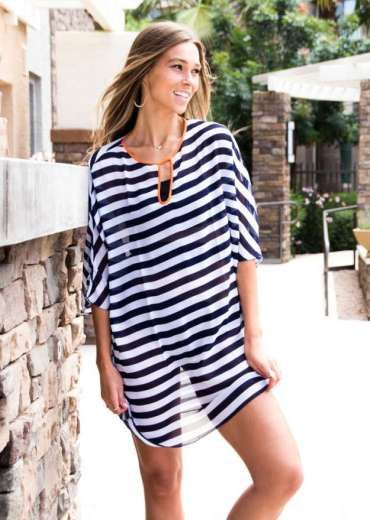 516a97c41b Classy Beach Outfit | Fashion for Women | Outfits, Striped swimsuit ...