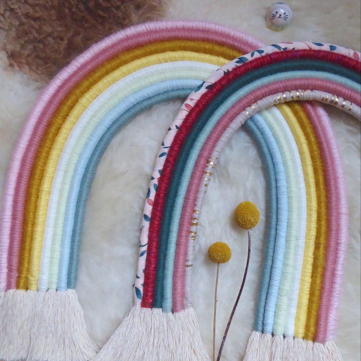 #rainbowdecor #macrame #kidsdecor #decoenfant #ideecadeauenfant #kidsroom #rainbowrope