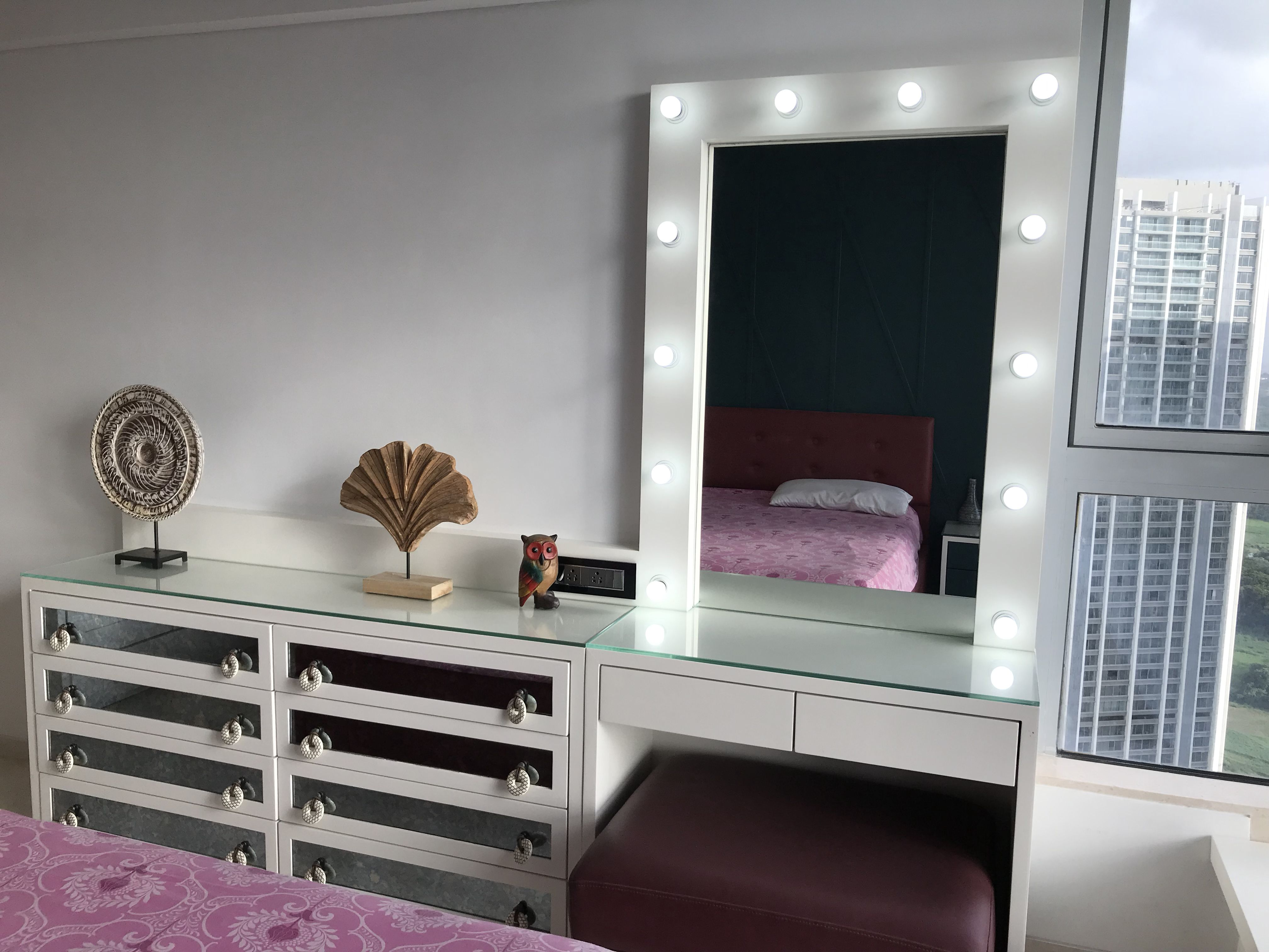 Vanity mirror | Teenage girl room, Teenage bedroom, House ... on Mirrors For Teenage Bedroom  id=13327