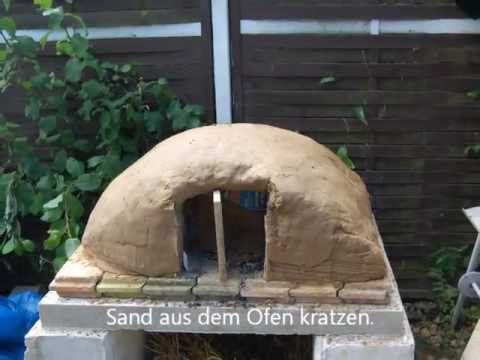 lehmofen bauen build a clay oven kinder pinterest pizza br tchen holzofen und ofen. Black Bedroom Furniture Sets. Home Design Ideas