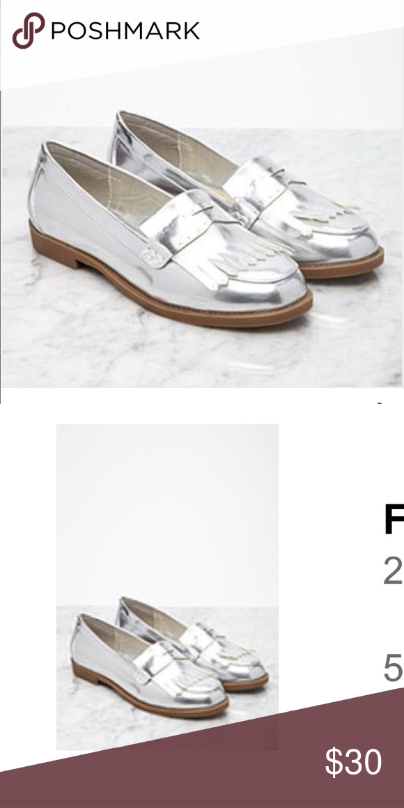 f21 Fringe Loafers Metallic, NIB Never worn Forever 21 Shoes Flats & Loafers