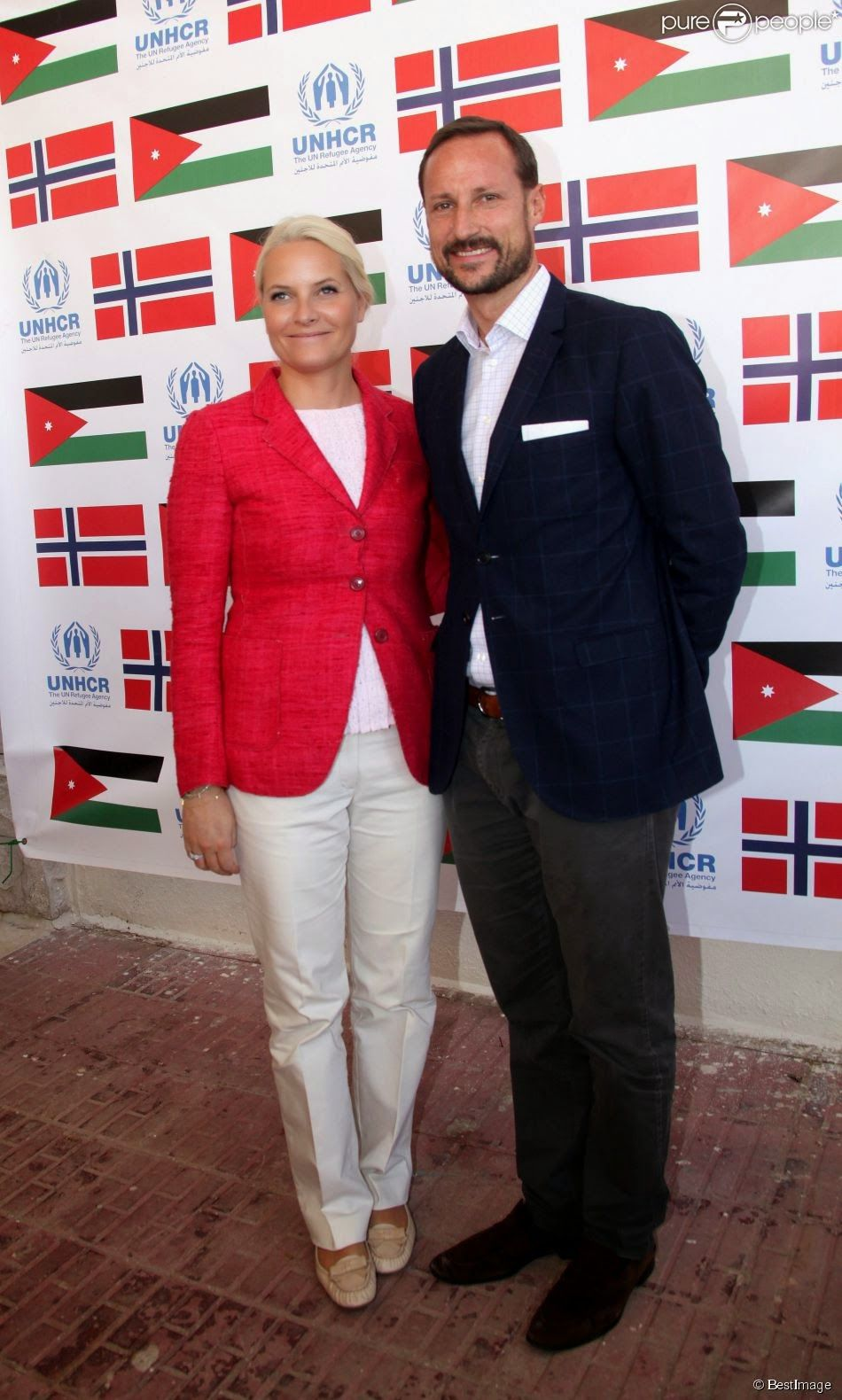 Queens & Princesses - Prince Haakon and Crown Princess Mette Marit had their last day in Jordan to meet with refugees in relief camps in Jordan. This morning, they also met with the King of Jordan.