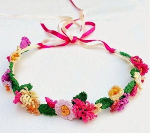 Siete días, siete enlaces | Coronas de flores, Domingo y Coronas