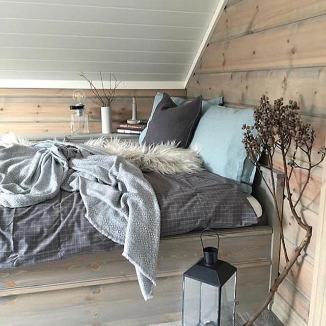 Good night @casachicks likes @cottagewoolas #inredning #hjemmekos #hjem #interiørdilla #interior12follow #hem #sovrum #soverom #interiørtips #bedroom #instadecor #interior #interiørdesign #interiör #interiørinspirasjon #hytteliv #hytte #nordiskehjem #bedroomdesign #dekor #hem #interiør #vackrahem #skönahem #dagensinteriør #tipstilhjemmet #sovrumsinspo #hemma #interior #innredning #mynordicroom #ukensprofil