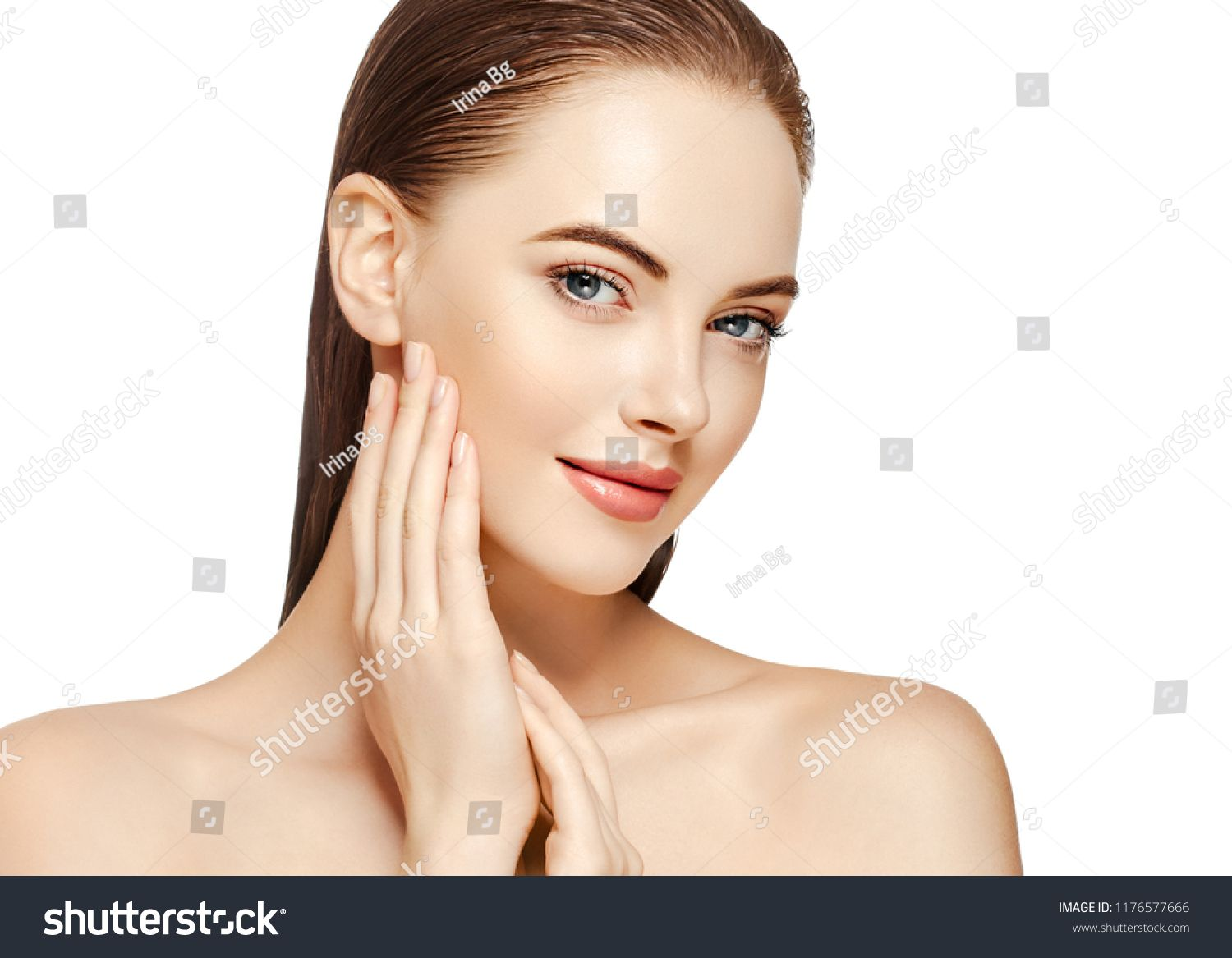 Beautiful skin woman with healthy hair and beauty eyes