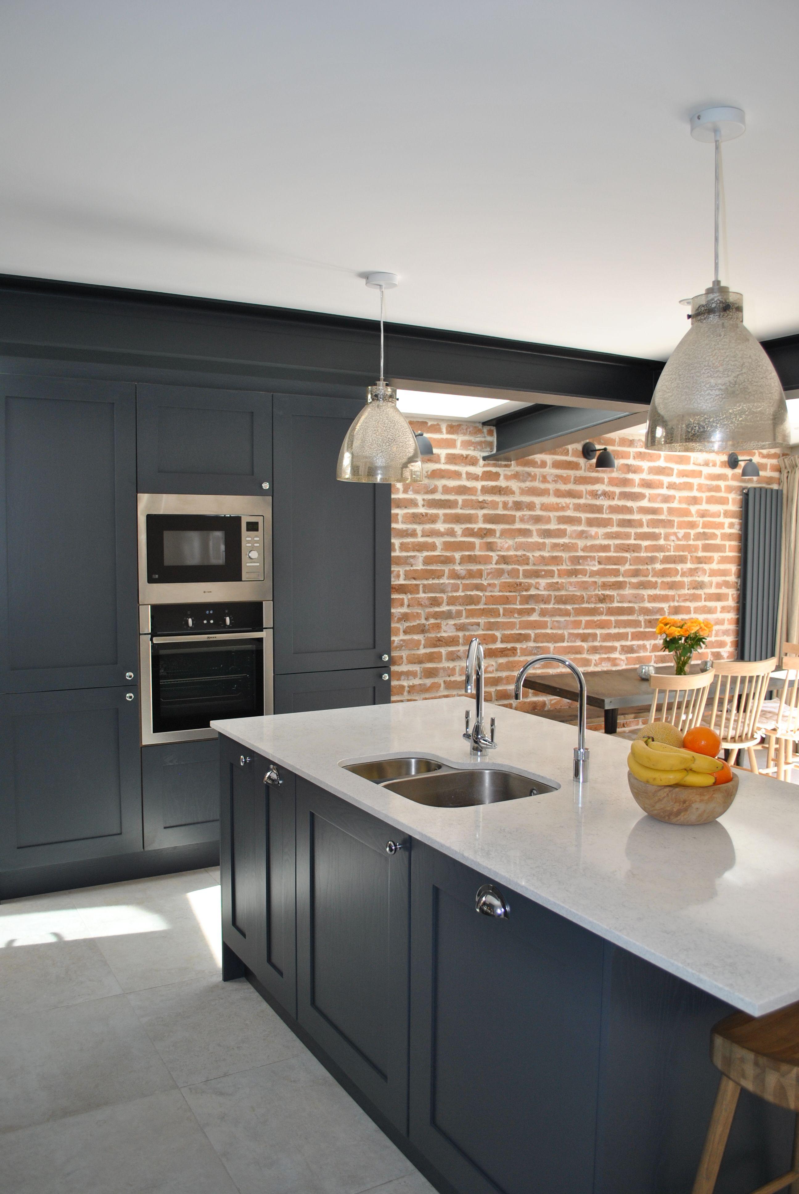 Best Modern Shaker Kitchen In Dark Slate Blue Looks Stunning 400 x 300