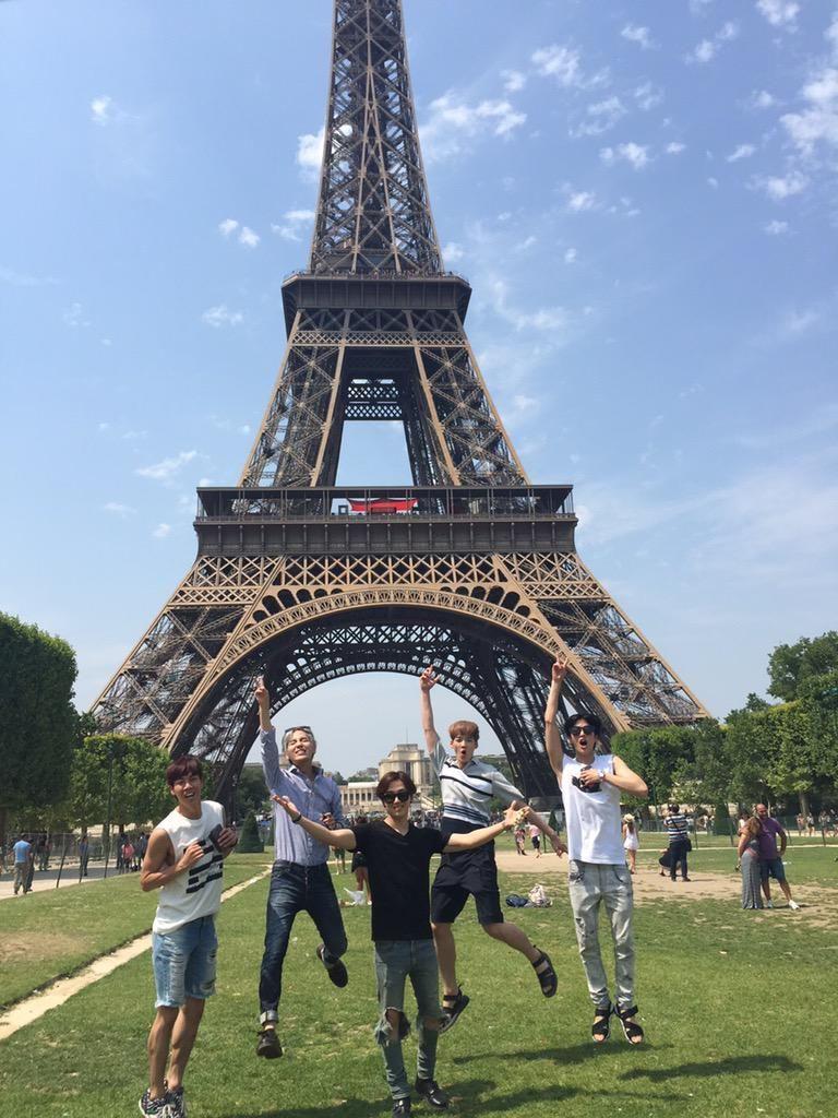 (슝)우오우와우오아어아아아아아아아신난다!!!!에펠탑!!!!