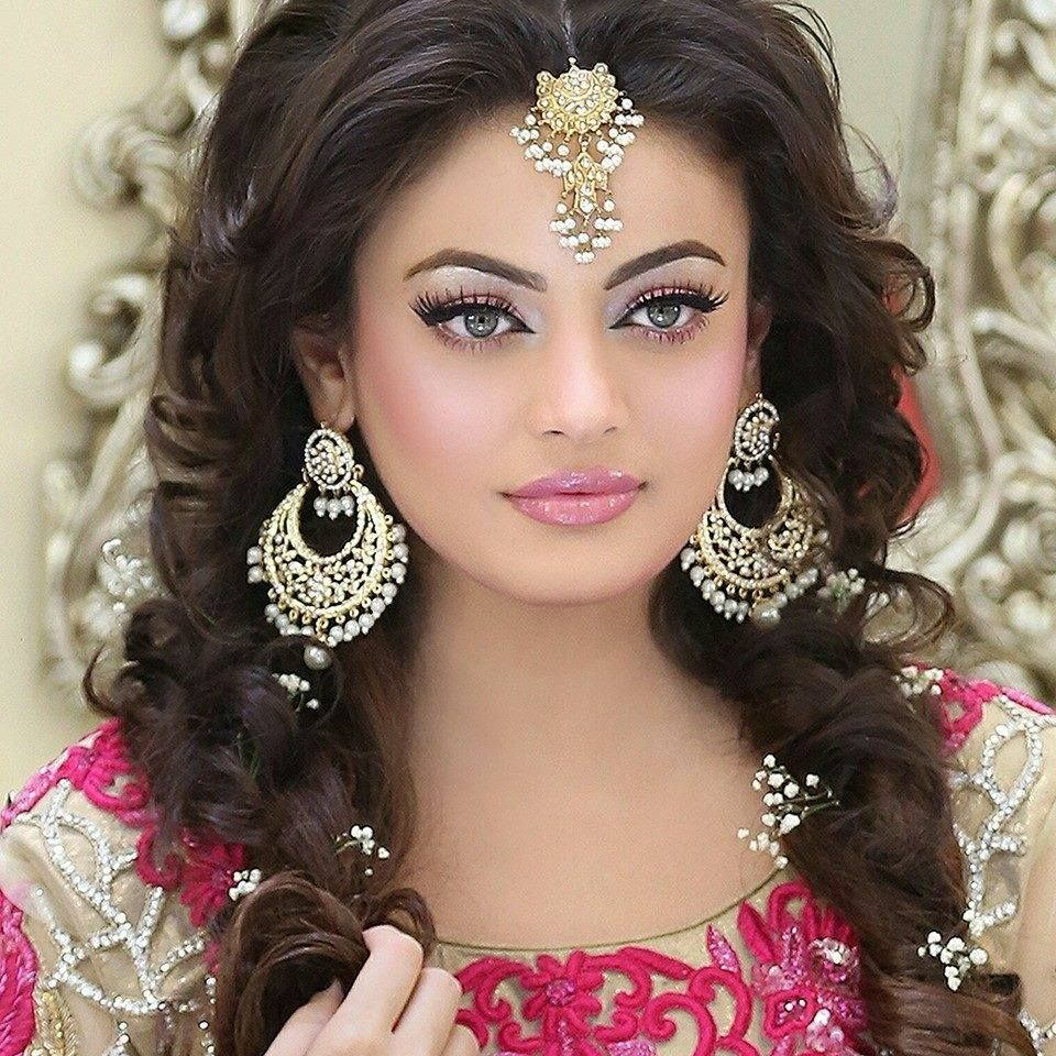 Beautiful-Bridal-Wear-Makeup-2016-By-Kashees-Saloon-5.jpg (960×960 ...