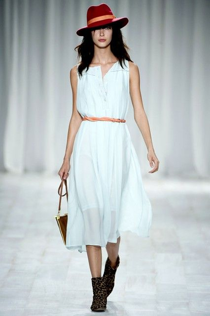 Pale and Interesting - Spring/Summer 2012 trend (Vogue.com UK)