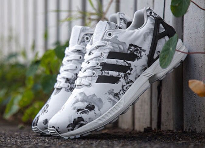 low priced f3376 33238 Adidas zx Flux Floral black white