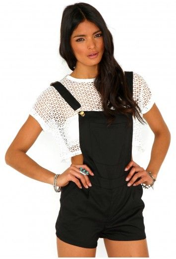 5779f6329c33 Missguided - Carey Short Dungarees In Black Cute Casual Outfits