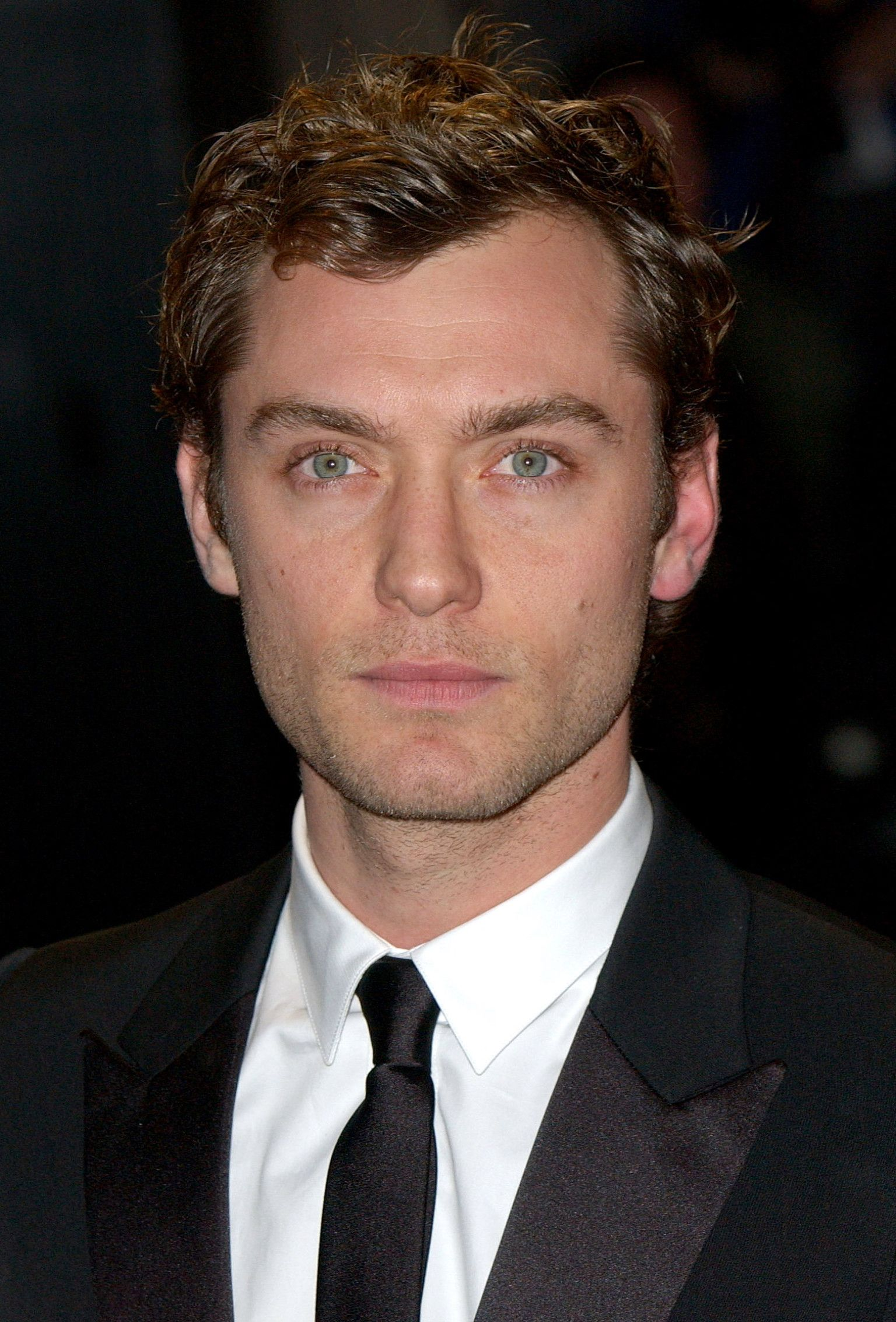 Jude Law Doesn't Look Like This Anymore | Jude law, Boy ...