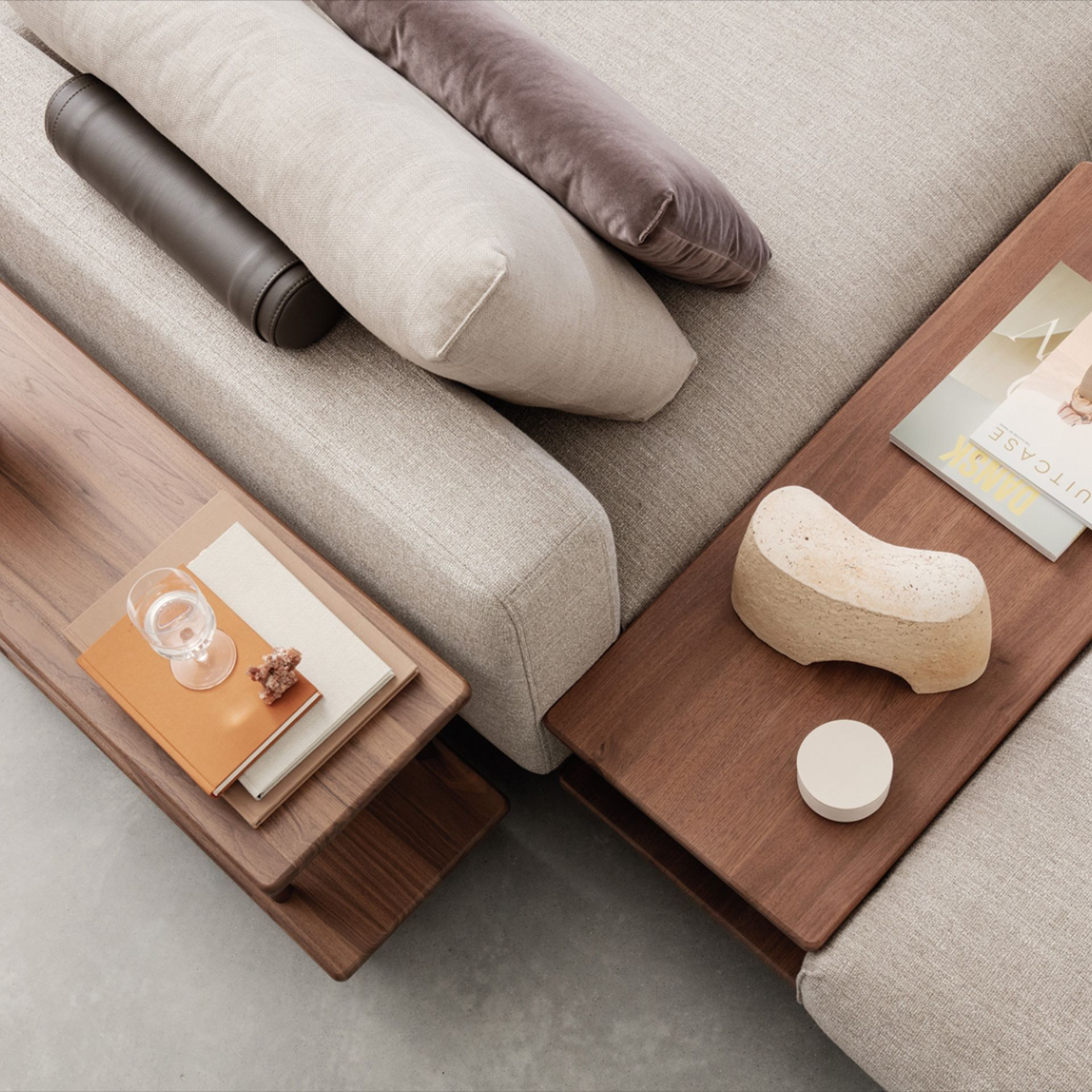 The Volo Sofa Range By Rolf Benz Offers Flexible Design Compositions The Individual Elements Can Be Free Standing Or Modern Furniture Stores Lounge Sofa Sofa