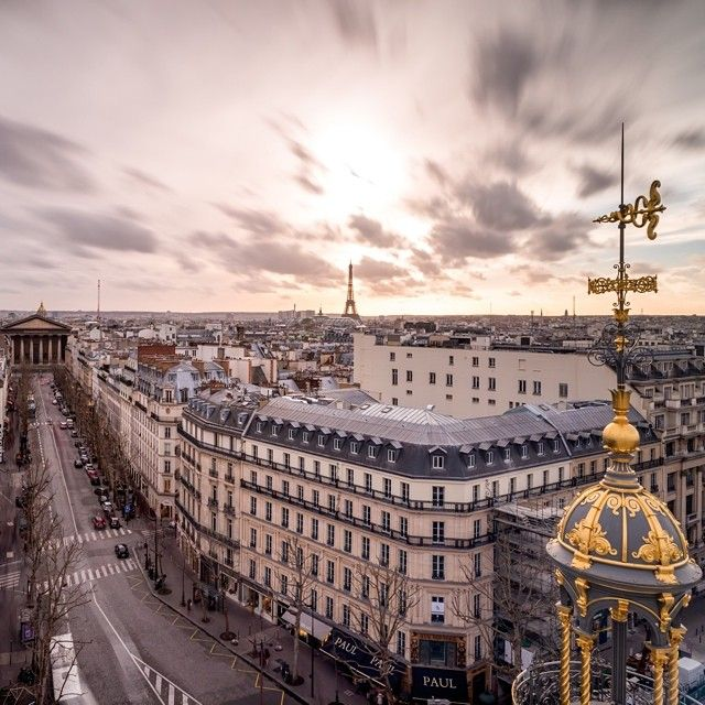 nicoet via Instagram #classic w- @alistair_wheeler @bydavina #eiffeltower #latoureiffel #paris #france http://instagram.com/p/p1c-f7qjtw/?modal=true