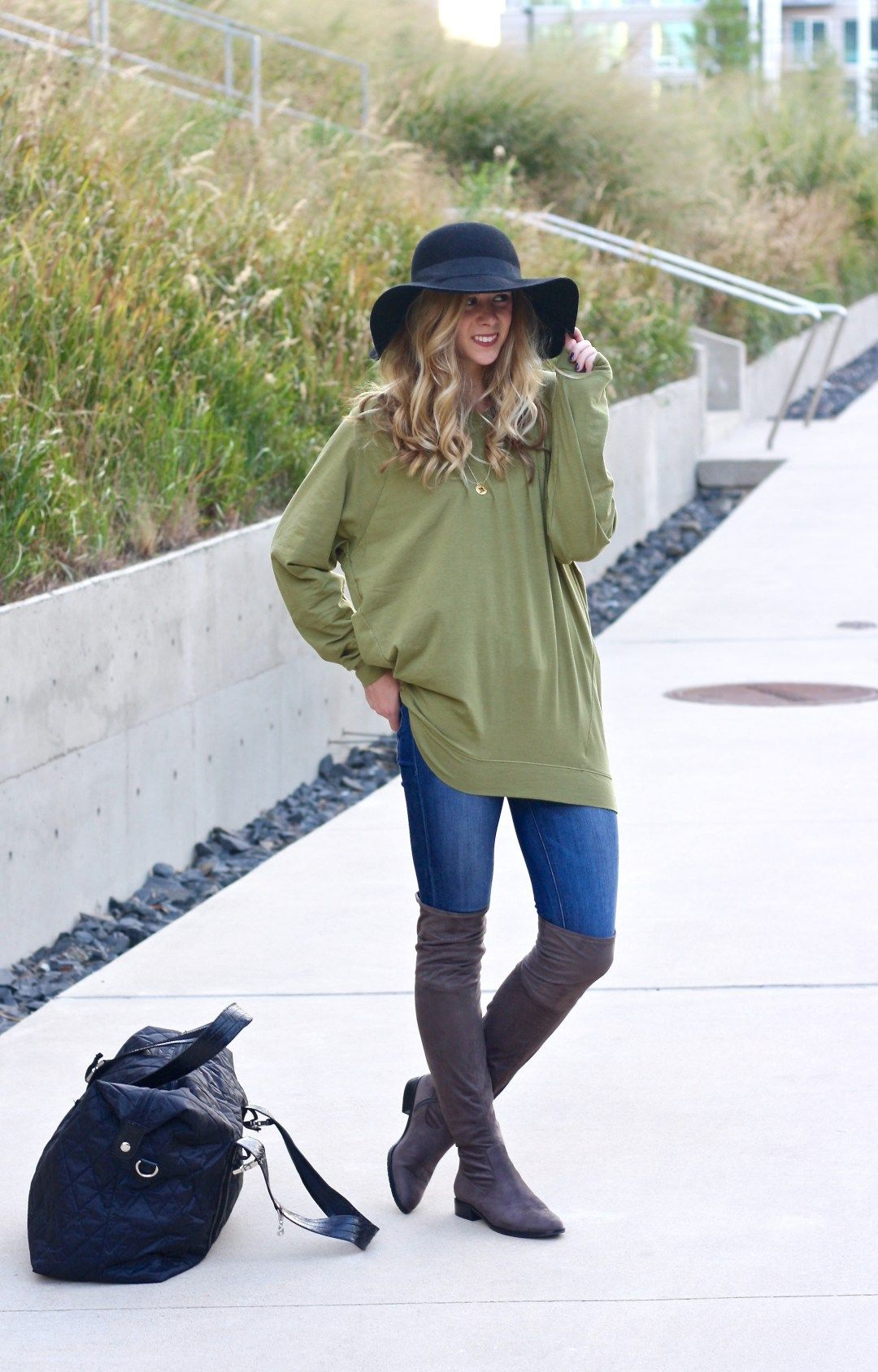 Running in Heels, The Perfect Holiday Travel Outfit, travel outfit, casual style